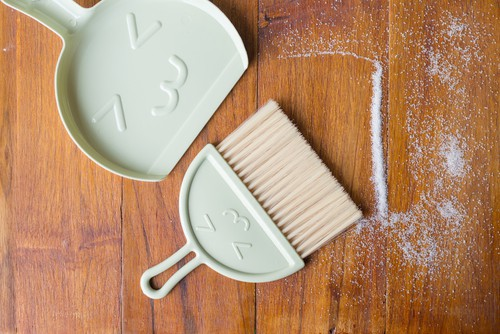 remove-accumulated-dirt-by-using-a-nylon-soft-brush
